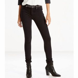 Levi's 721 High Rose Skinny in Black